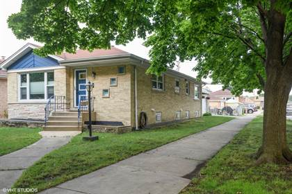 Residential for sale in 5001 North NATCHEZ Avenue, Chicago, IL, 60656