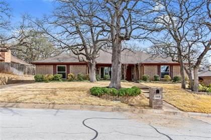 Residential for sale in 7805 Laver Court, Fort Worth, TX, 76112