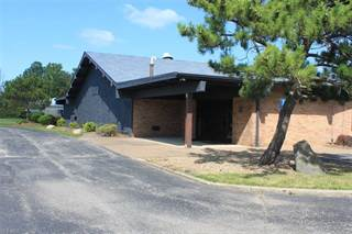 Comm/Ind for rent in 1461 Lake Breeze Rd, Sheffield, OH, 44054