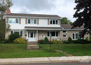 Residential Property for sale in 20 Edinburgh Drive, Charlottetown, Prince Edward Island, C1A3G1