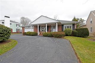 Single Family for sale in 26 Drowne Parkway, East Providence, RI, 02916