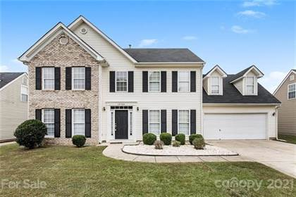 Residential for sale in 10926 Harmony Glen Court, Charlotte, NC, 28273