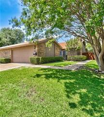 Townhouse for sale in 827 Shady Glen Lane, Bedford, TX, 76021