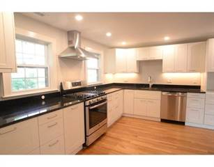 Condo for sale in 39 Hillcrest Circle 2, Watertown, MA, 02472
