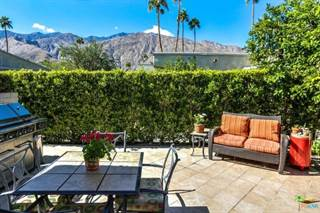 Condo for sale in 1111 East RAMON Road 38, Palm Springs, CA, 92264