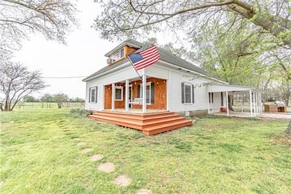 Residential Property for sale in 1710 Kimmel  RD, Centerton, AR, 72719