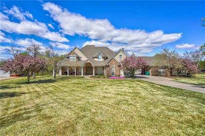 Residential for sale in 10501 Crystal Creek Drive, Oklahoma City, OK, 73064