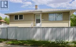 Single Family for sale in 611 12 Street N, Lethbridge, Alberta