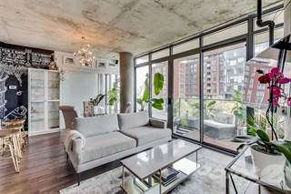 Condo for sale in 650 King St W, Toronto, Ontario
