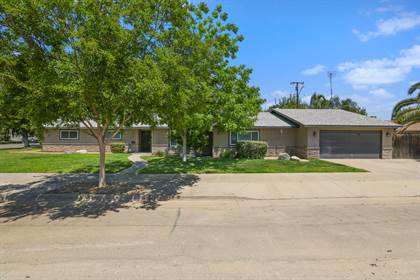 Residential Property for sale in 1015 E Palm Drive, Exeter, CA, 93221