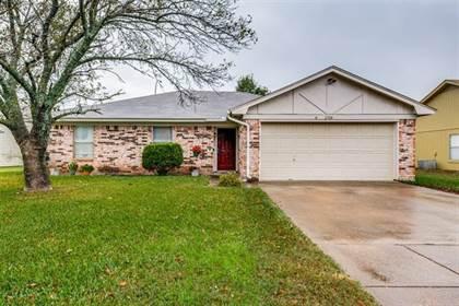 Residential for sale in 2708 Casa Blanca Court S, Arlington, TX, 76015