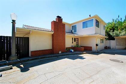 Apartment for rent in 8412 Franklin Avenue, Los Angeles, CA, 90069