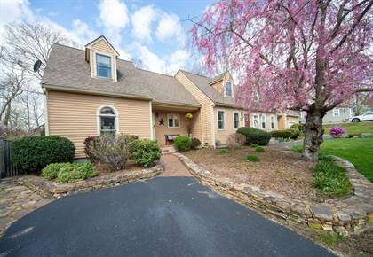 Residential Property for sale in 11 Yoke Rd 11, Bridgewater, MA, 02324