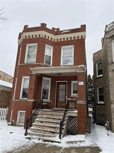 Multifamily for sale in 4137 West CORNELIA Avenue, Chicago, IL, 60641