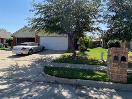 Multifamily for sale in 472 Brookbank Drive, Crowley, TX, 76036