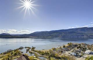 Condominium for sale in 1075 Sunset Drive, Kelowna, British Columbia, V1Y 9Y9