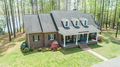 Residential Property for sale in 856 Hussey's Creek Rd, Warsaw, VA, 22572