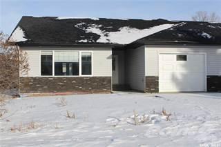 Townhouse for sale in 225 5th AVENUE W, Gravelbourg, Saskatchewan, S0H 1X0