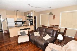 Condo for sale in 73 Erin Woods Court, Calgary, Alberta, T2B 3V2