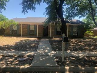 Single Family for sale in 745 Oakland Street, Grand Prairie, TX, 75052
