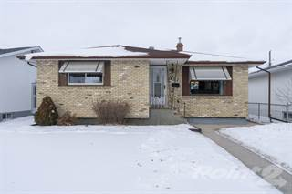 Residential for sale in 707 Ravelston Avenue West, Winnipeg, Manitoba, R2C1W8