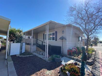 Residential Property for sale in 105 W Herndon Avenue 96, Fresno, CA, 93650