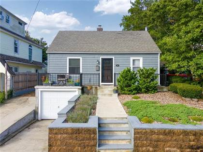 Residential Property for sale in 24 Haddon Hill Road, Cranston, RI, 02905
