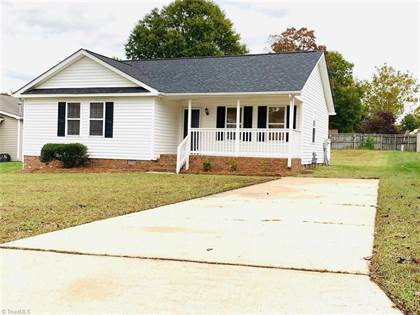 Residential Property for sale in 1424 Old Hickory Drive, Greensboro, NC, 27405