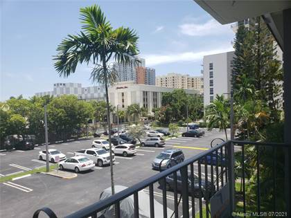 Residential for sale in 8107 SW 72nd Ave 307E, Miami, FL, 33143