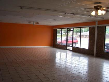 Commercial for sale in 616 N CITY, Ripley, MS, 38663