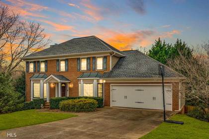 Residential for sale in 2471 Turf Ct, Lawrenceville, GA, 30043