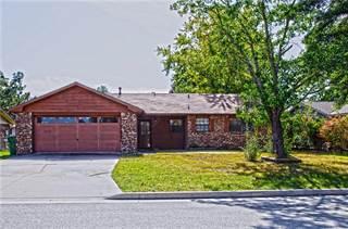 Single Family for sale in 1306  W Rolling Oaks  DR, Rogers, AR, 72756