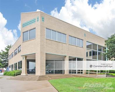 Office Space for rent in 990 North Walnut Creek Drive, Mansfield, TX, 76063