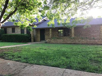 Residential Property for sale in 702 S Washington St, Bronte, TX, 76933