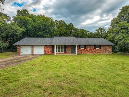Residential for sale in 5640 Lakeview Drive, Oklahoma City, OK, 73045