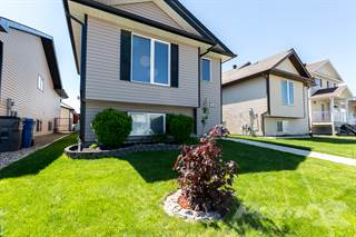 Residential Property for sale in 83 Saamis Rotary Way S.E., Medicine Hat, Alberta