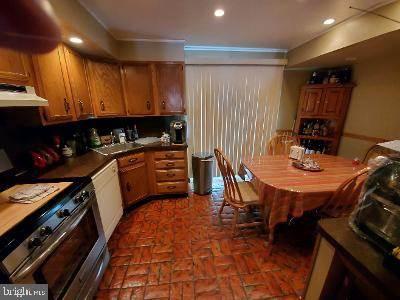 Residential Property for sale in 2312 S HICKS STREET, Philadelphia, PA, 19145