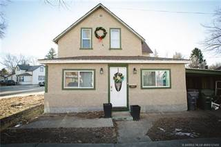 Residential Property for sale in 821A Balmoral Street SE, Medicine Hat, Alberta