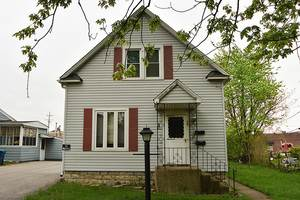 Multi-family Home for sale in 35 East 34th Place, Steger, IL, 60475