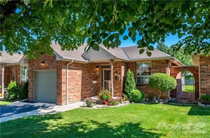 Condominium for sale in 93 NATALIA Avenue, Hamilton, Ontario