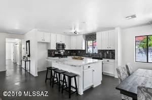 Single Family for sale in 102 S Longfellow Avenue, Tucson, AZ, 85711