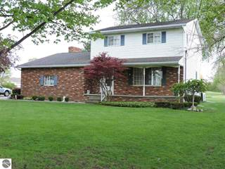 Single Family for sale in 1896 Midland Road, Monitor, MI, 48706