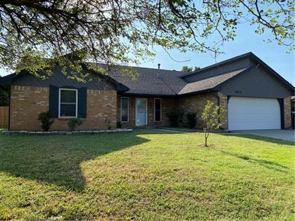 Residential Property for sale in 10405 Falcon Place, Oklahoma City, OK, 73162
