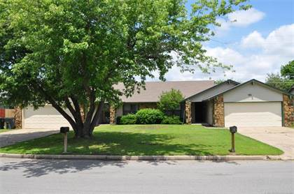 Residential Property for sale in 1907 E 66th Place, Tulsa, OK, 74136