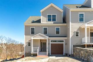 Condo for sale in 19 Blueberry Hill Lane 19, Melrose, MA