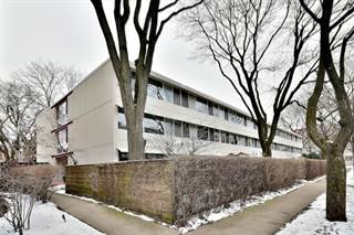 Townhouse for sale in 300 North Maple Avenue 16, Prospect Heights, IL, 60070