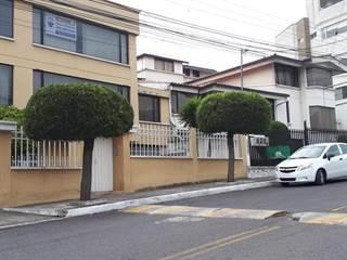 Condo for sale in Oe5-31 Calle B Oe5-31 Y Calle C, Urb. El Condado 6, El Condado, Pichincha