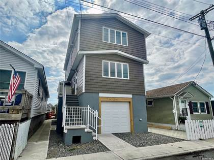 Residential Property for sale in 22 W. 16th Road, Broad Channel, NY, 11693