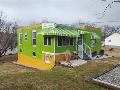 Residential Property for sale in 2014 Purcell AVE NE, Roanoke, VA, 24012