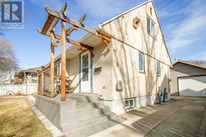 Single Family for sale in 723 17 Street N, Lethbridge, Alberta, T1H3E2